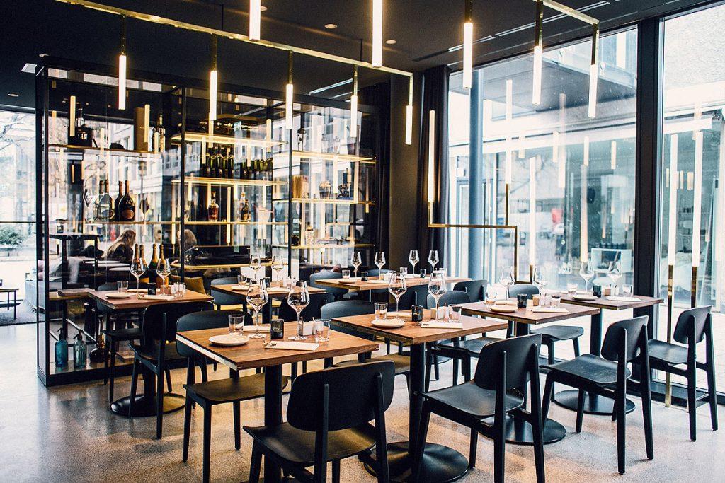 Messingausstattung Restaurant Herzog von Brüll+Gruber