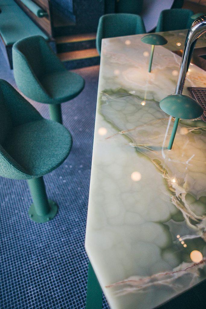 Brüll+Gruber Metallausstung der Tagesbar Ivy