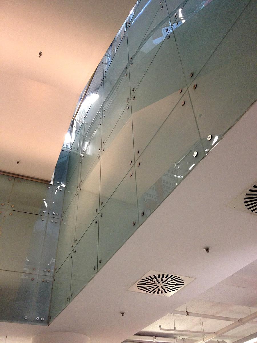 Glasverblendung von Brüll+Gruber